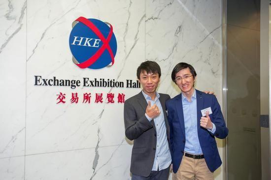 右为飞鱼科技ceo姚剑军,左为飞鱼总裁科技陈剑瑜怎么烹饪小鱿鱼和海兔图片