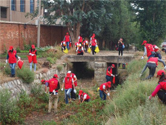 掀起了大理市团员青年,少年儿童积极投身洱海保护的高潮,推动大理全市